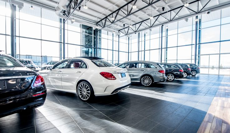 Showroom with cars at Mercedes-Benz Country Hills.
